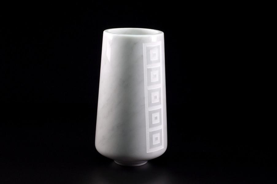 Stonevolution - Vaso in marmo decorato con un raffinato motivo